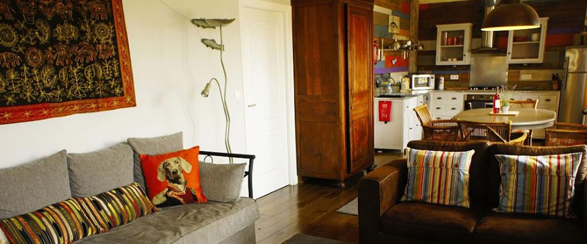 2 bedroom apartment living/kitchen